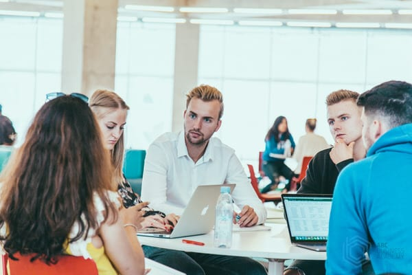 Reasons Why You Should Enroll in a Summer Business School